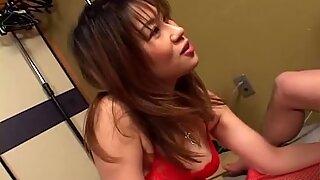 Sexiest Japanese babe Remi Matsukawa drilled!
