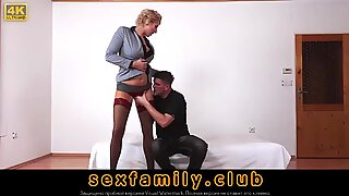 Nicole Star Fisting Hard Till She Squirts